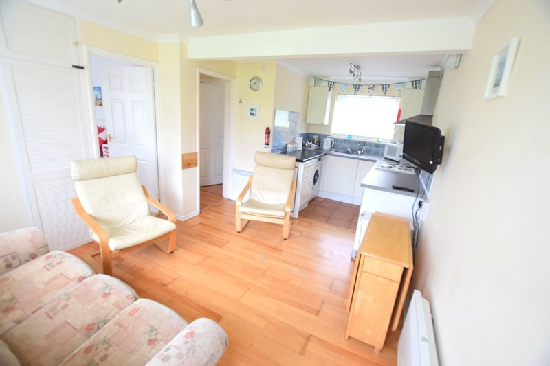Chalet 184 Sandown Bay, Isle of Wight, Free WiFi, Sleeps 4, casa vacanza a Sandown