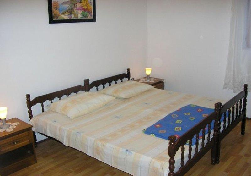 A2 Mateo(4+1): bedroom
