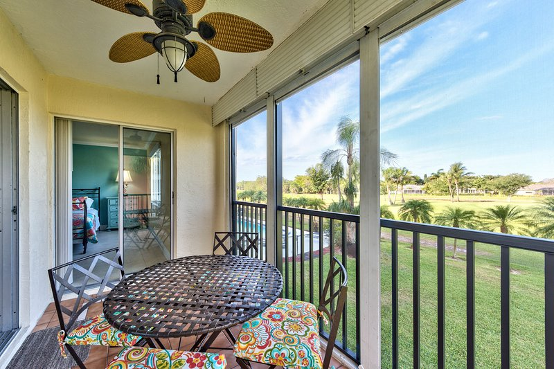 Private Lanai Overlooking the Pool and Hibiscus Golf Course! Comfortable Seating to Enjoy a Morning Coffee!