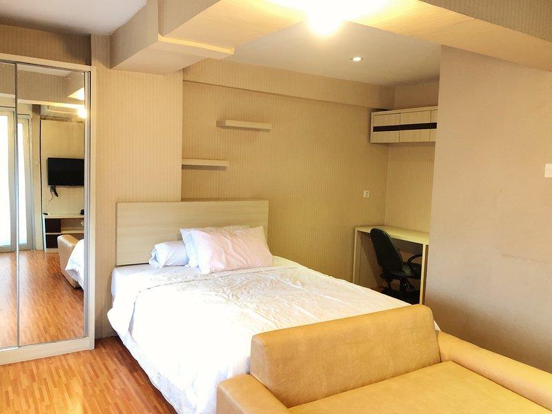 Jarrdin Apartemen by Rumahku, holiday rental in Bandung