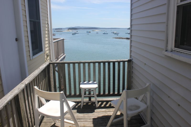 WEST HARBOR NEST - Stonington, Ferienwohnung in North Haven