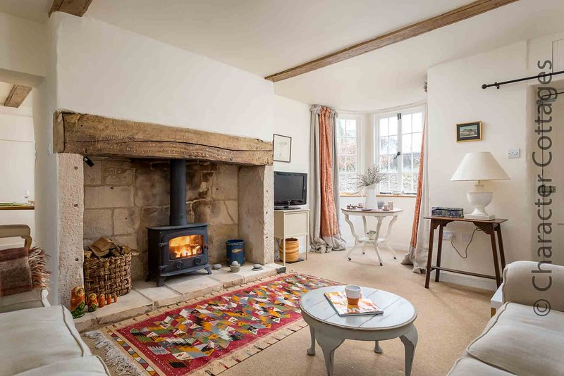 Pear Tree Cottage is a very stylish property in the lovely village of Cherington, vakantiewoning in Tetbury