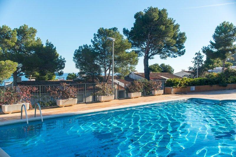 Calella de Palafrugell Holiday Home Sleeps 8 with Pool - 5246961, holiday rental in Calella de Palafrugell