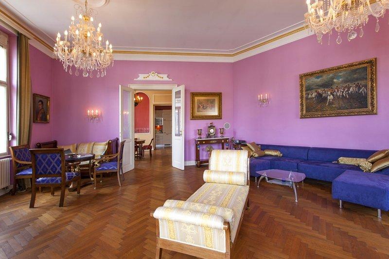 Filip's Palace Luxurious Apartment, Ferienwohnung in Ljubljana