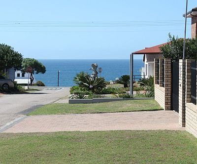 Reebok Holiday Apartment, holiday rental in Great Brak River