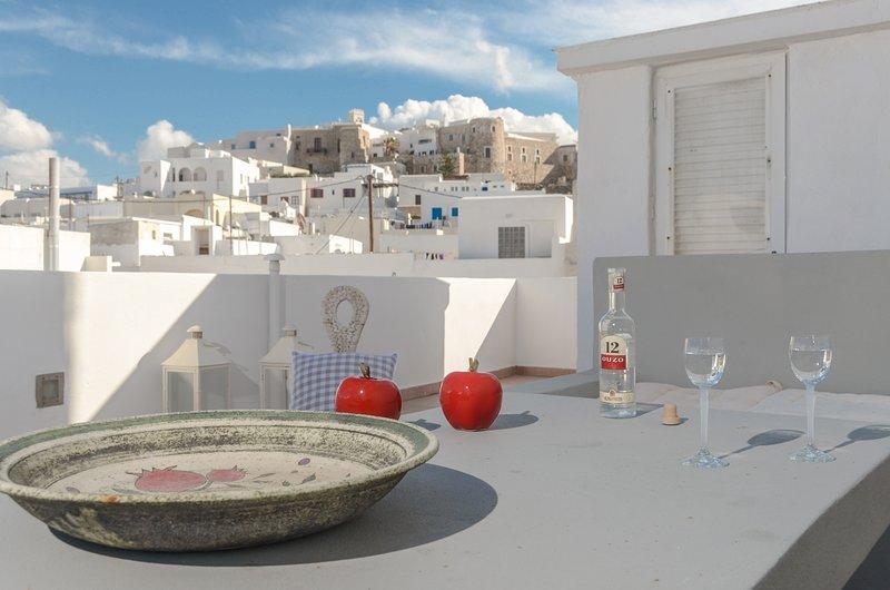Cozy Comfy 2 BR House-Naxos Town, alquiler de vacaciones en Galini