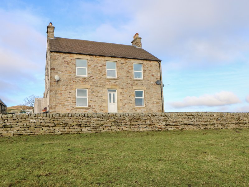 WHITLOW FARMHOUSE,WIfi,  Nr Alston, parking,Ref 972457, holiday rental in Garrigill