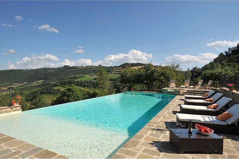 Villa Bellissima, holiday rental in Fabro Scalo