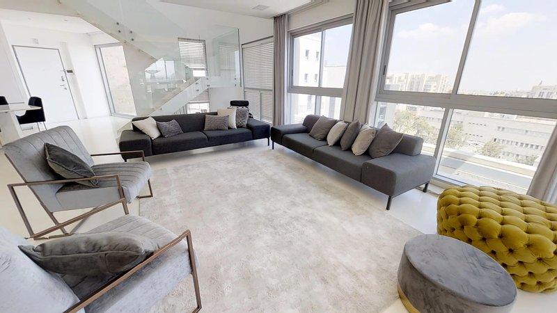 Jerusalem Penthouse, holiday rental in Binyamin Region
