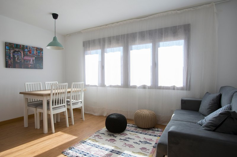 Utsikt över matsal och lounge