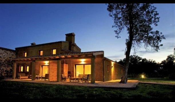 Sant Andreu Salou Villa Sleeps 4 with Pool - 5622334, holiday rental in Cassa de la Selva
