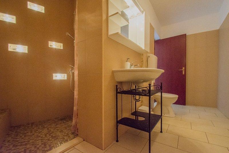 A2 awardmlje (2 + 1): baño con inodoro
