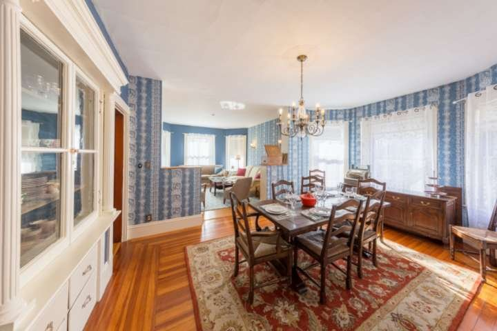 Open concept - 1800s style - grand spaces for great gatherings