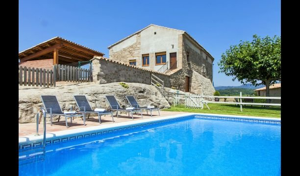 Sagas Villa Sleeps 17 with Pool - 5828659, holiday rental in Olvan