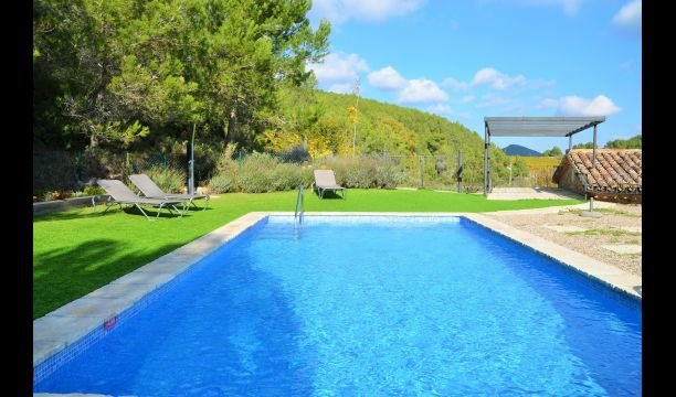 Pontons Villa Sleeps 6 with Pool - 5622404, holiday rental in Figuerola del Camp
