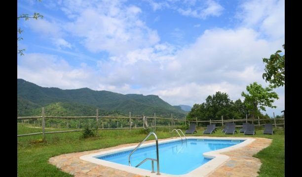 els Hostalets d'en Bas Villa Sleeps 15 with Pool - 5840309, holiday rental in Sant Esteve de Llemena