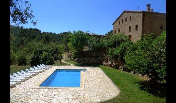 la Coromina Villa Sleeps 20 with Pool - 5622276, holiday rental in Clariana de Cardener
