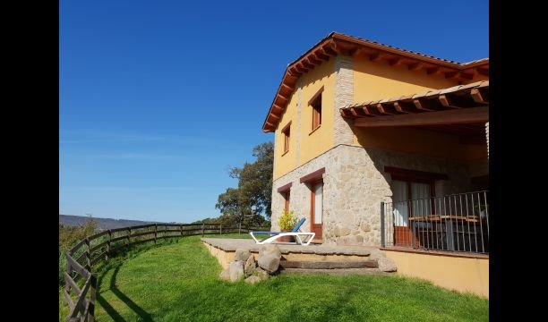 Gironella Villa Sleeps 15 with Pool - 5839758, holiday rental in Olvan