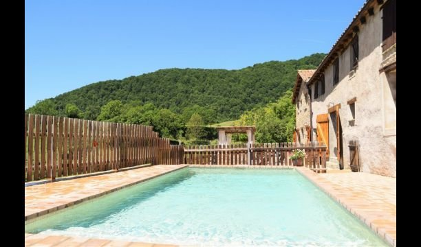 Sant Privat d'en Bas Villa Sleeps 16 with Pool - 5622444, holiday rental in Sant Esteve d'en Bas