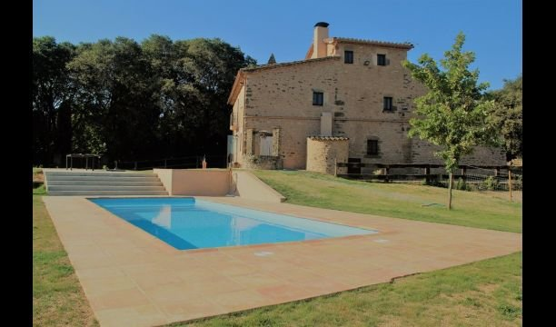 Terradelles Villa Sleeps 10 with Pool - 5622324 – semesterbostad i Porqueres