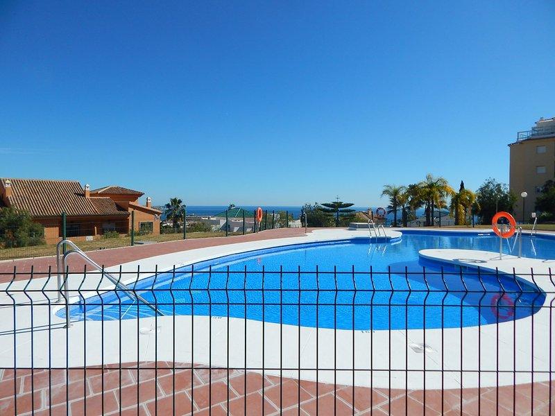 2 Bed Stunning Modern Jardin Botanico Apartment in La Cala De Mijas, holiday rental in La Cala de Mijas