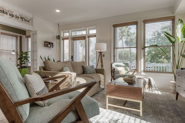 'Wake up in Ybor' - One-of-a-Kind 1st Floor Apartment, location de vacances à Tampa