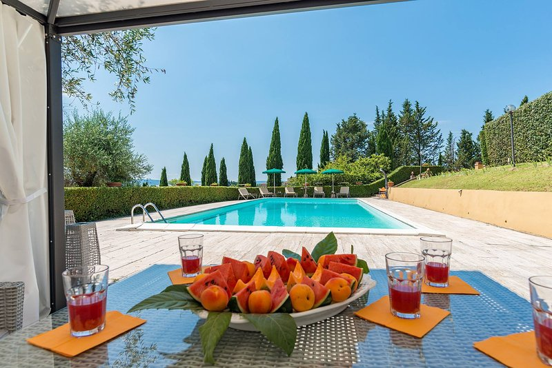 Villa private pool, tennis, relaxing, luxury in Siena, Chianti, Tuscany, Italy – semesterbostad i Siena