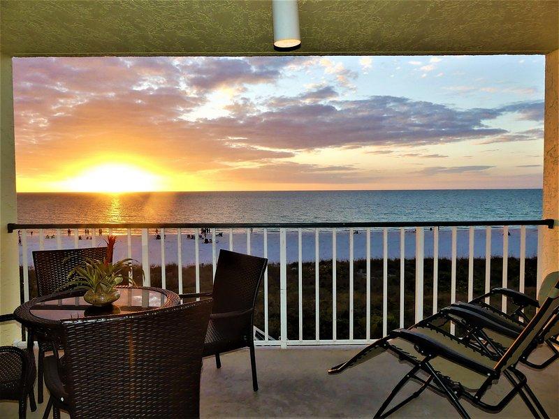Apollo 306 Beautiful Beachfront Condo
