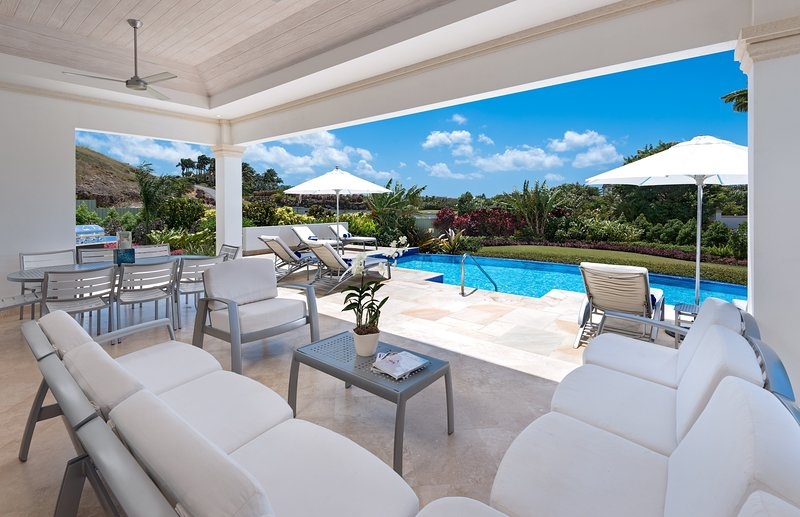 Royal Palm Villas #4, Royal Westmoreland Golf Resort, St. James, Barbados, location de vacances à Orange Hill