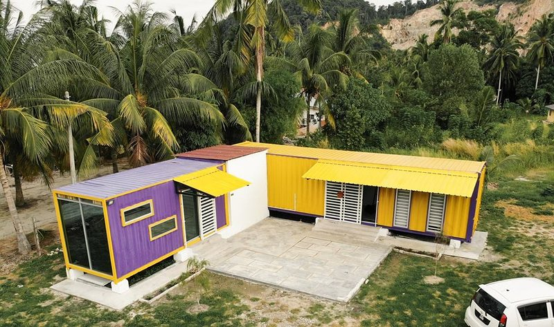 Purple Cube,Lumut Cube Homestay Kontena, holiday rental in Sitiawan
