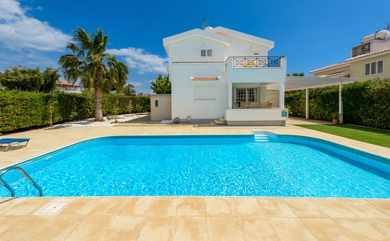 Great Villa with Private Pool in Great Location, vacation rental in Ayia Napa