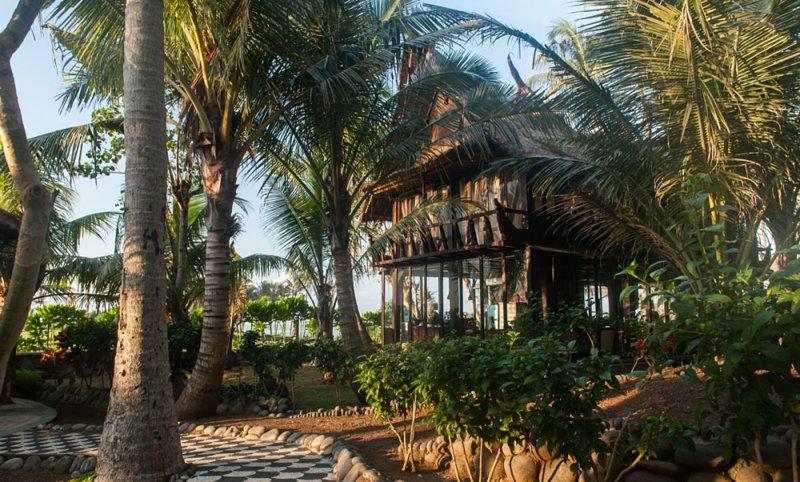 Most Exotic Beachfront Villa Keong, alquiler vacacional en Tegal Mengkeb