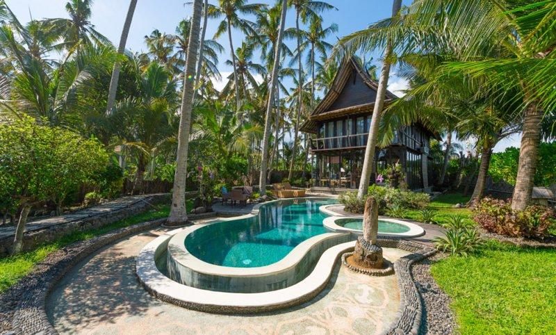 Most Exotic Beachfront Villa Keong Two, alquiler vacacional en Tegal Mengkeb