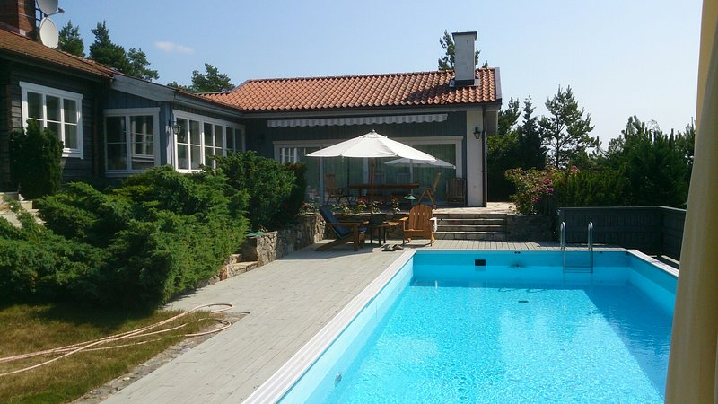 Villa Herrvik with swimmingpool near Stockholm, holiday rental in Stockholm