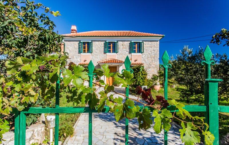 Villa Kras, holiday rental in Merag