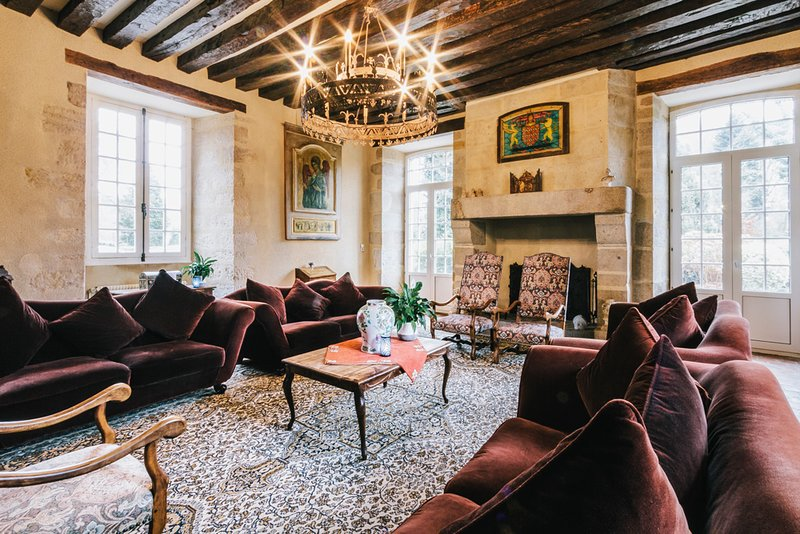 Sainte-Severe-sur-Indre Chateau Sleeps 14 with Pool - 5049830, vacation rental in La Cellette