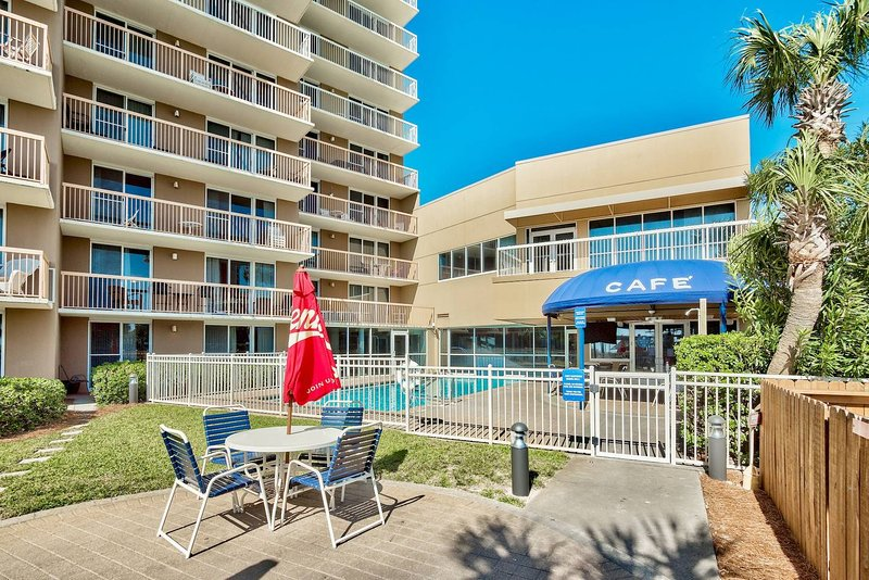 Pelican 11th floor 1 bedroom condo on the beach updated - 1 bedroom condos in destin fl on the beach ...