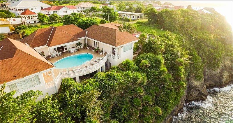 Voted #1 Seaside Villa in Ocho Rios Jamaica, holiday rental in Oracabessa