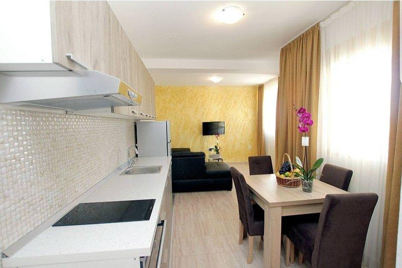 Apartment 3th floor, casa vacanza a Susanj