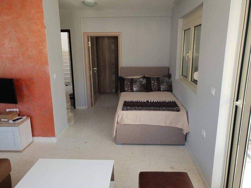 Apartment 5th floor, casa vacanza a Susanj