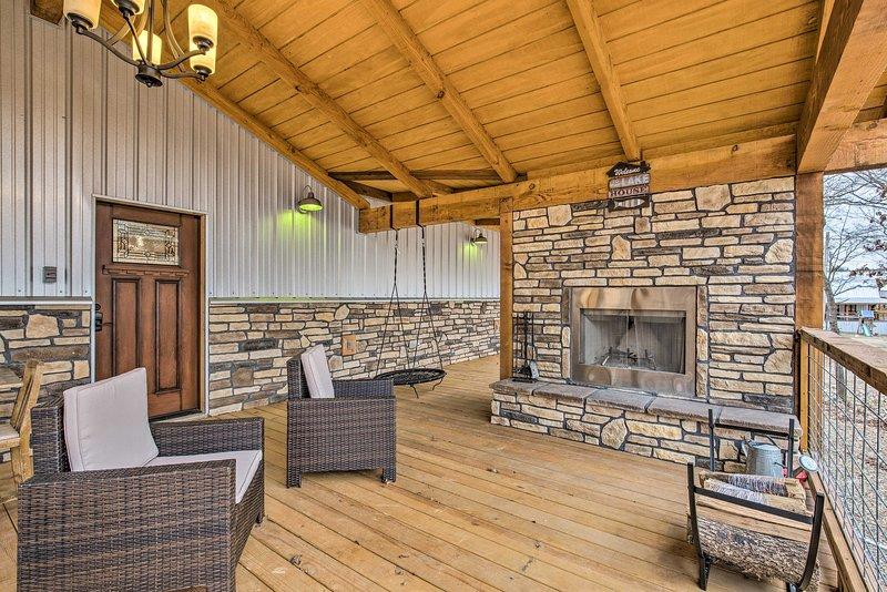 Rendi questa casa immacolata con 3 letti e 3 bagni la destinazione Broken Bow Lake!
