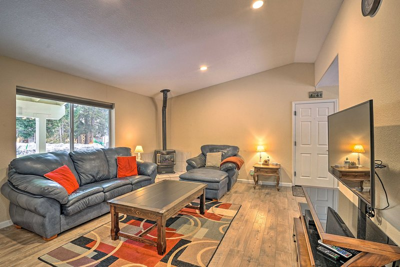 Discover relaxation & adventure at this 2-bedroom, 2-bath South Lake Tahoe home!