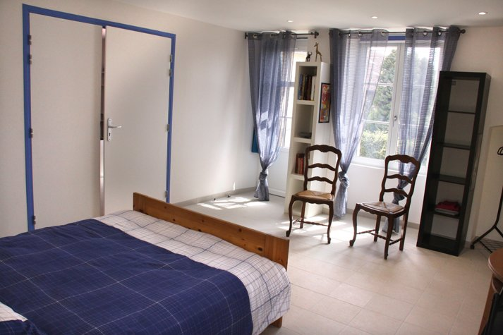 Suite familiale accessible PMR, holiday rental in Sainte-Colombe
