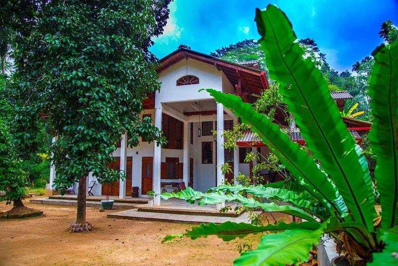 AQUA NILLAMBE, holiday rental in Gampola