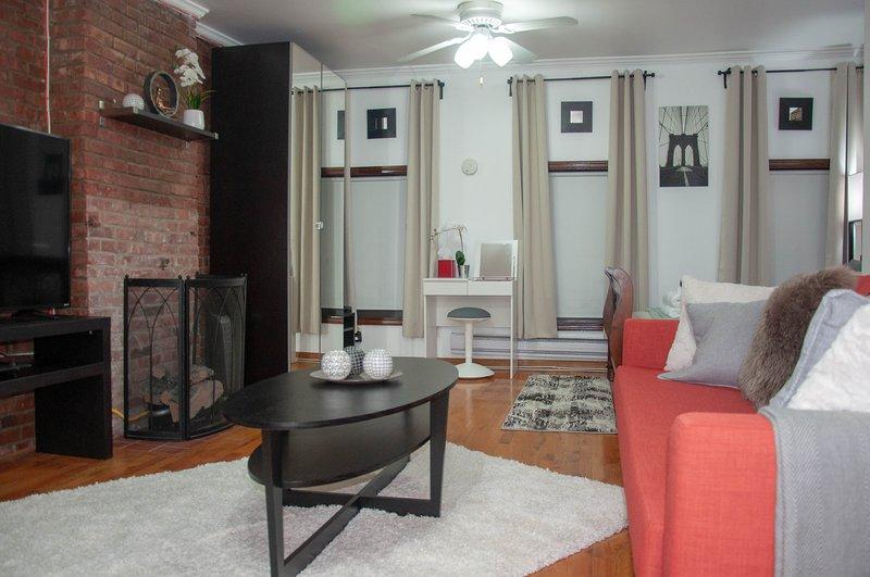 Cozy and Comftable Studio Apartment