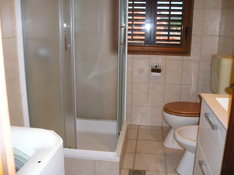 A1 (6): bagno con wc