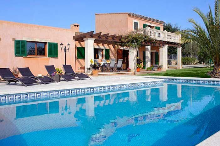 Calonge Farmhouse Sleeps 8 with Pool Air Con and WiFi - 5000747, holiday rental in Calonge