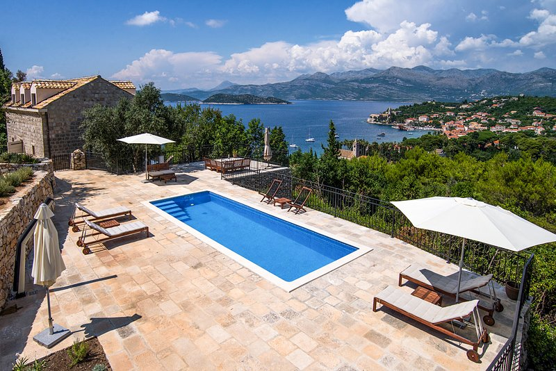 Lopud Villa Sleeps 14 with Pool and Air Con - 5765908, holiday rental in Lopud