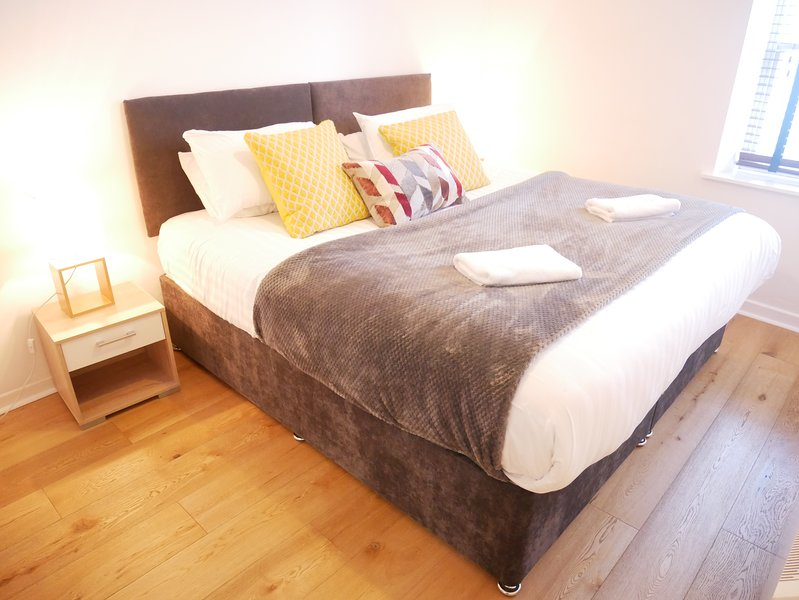 Bedroom  Double or Twin beds