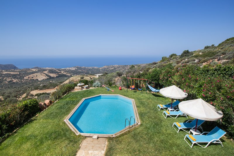 Villa Kadiani - Οnly 4km away from the beach, vacation rental in Triopetra